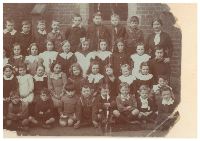 School on the corner of Bourke and King Sts. Vera second row from the front third from the left